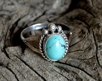 Handmade Southwestern Native American Indian Sterling Silver and Turquoise Ring