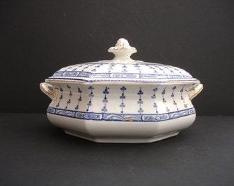 1910s Art Nouveau Losel Ware Keeling Pompadour Blue & White Vintage Tureen