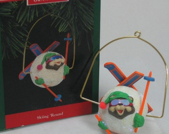 1992 Hallmark Skiing Round Keepsake Ornament Bear Skiing Snow Ball Skis Christmas Vintage