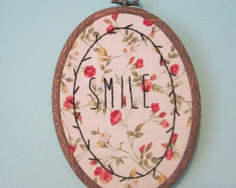 Hand embroidered hoop - Smile