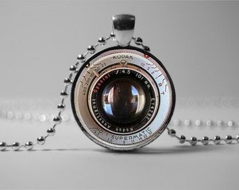 CAMERA LENS PENDANT Photo  Camera lens necklace camera jewelry gift for the photographer