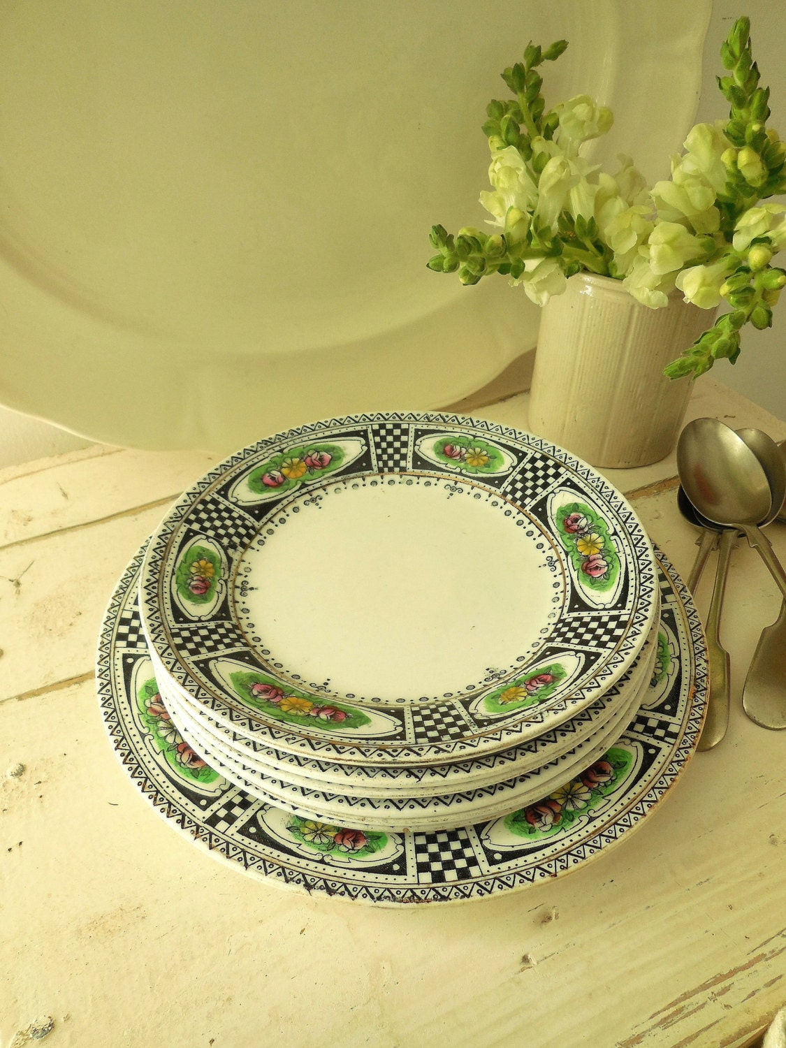pretty victorian plates sandwich or cake plates reduced from