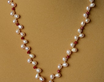 "A ""One Dot"" Bakelite Mah Jongg Pearl Necklace with Goldstone"