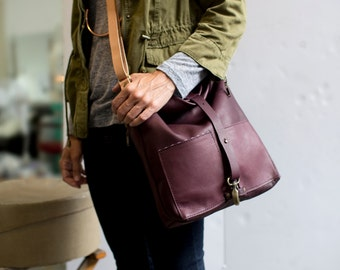 Women's Burgundy Leather Tote, Leather Crossbody Bag, Market Tote, Leather Satchel:The TOM TOM TOTE in Eggplant Burgundy Leather by Awl Snap