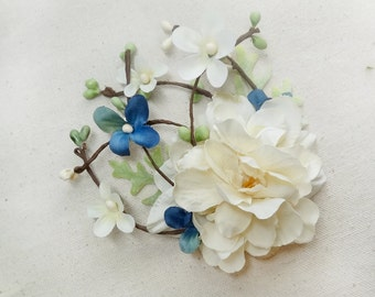 ivory hair clip flower, light blue bridal hair accessories, floral wedding hairpiece, floral hair comb, cream flower, the honeycomb, rustic