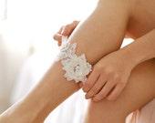 Ivory lace garter, wedding garter set, garter belt, rustic wedding garter - style #515