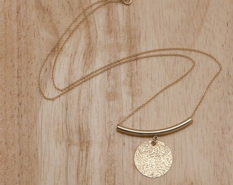 Gold Disc Necklace - Gold Hammered Circle Pendant on Chain - Modern Minimalist Necklace Geometric Everyday Gold Necklace Gold Layer Necklace