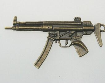 5 pcs.Zinc Antique Brass M16 Gun Charms Pendants Decorations Findings 35x66 mm. M Gun Br 3566 3 CHM SP