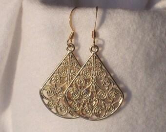 Earrings Drop Gold Fan Filigree Dangle Women Earrings Dangle Drop Earrings Everyday Jewelry Accessory Light Fishhook Casual Earrings E117