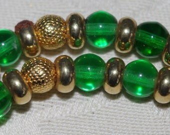 Vintage - RARE - Designer Marie Storms - Green Crystal and Gold beaded necklace - Signed