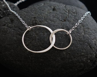 Sister Necklace, Two Circles Eternity Necklace, Best Friend Necklace for 2, Double Circles Silver, Necklace for 2, Rose Gold Circle Necklace