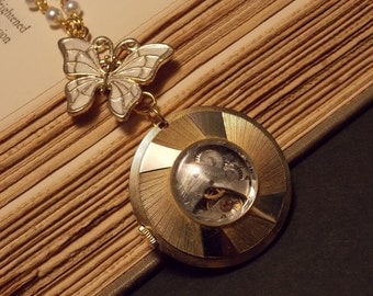 Gold and Pearl Fantasy Inspired Necklace