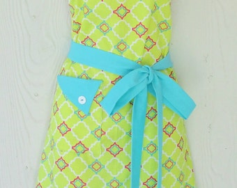 Chartreuse and Teal Apron, Quatrefoil Print, Hot Pink, Retro Style, KitschNStyle