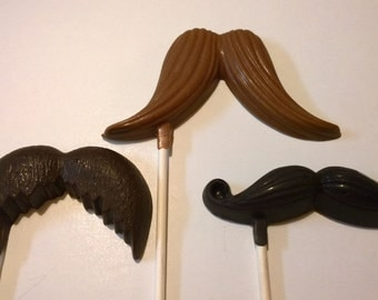 12 Chocolate Mustache Lollipops