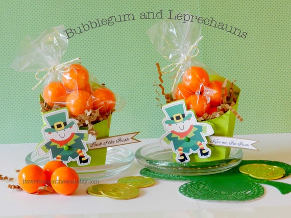 KIT St. Patrick's Day Treat Box / Leprechauns & Bubblegum  / Party Favor/ PlaceCard holder / Kids Treat Box
