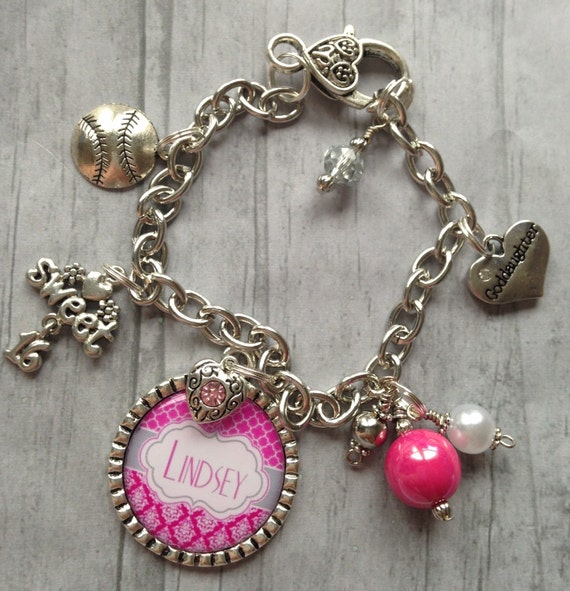 Sweet 16 Charm Bracelet: PeRsOnAliZeD Bracelet / Sweet Sixteen Jewelry / Graduation