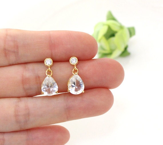 how to clean earrings that smell
