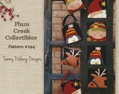 Santa Claus Pattern, Reindeer, Elf & Penguin Felt Applique Christmas banner or card holder, ornaments, gift bag, purse pillow