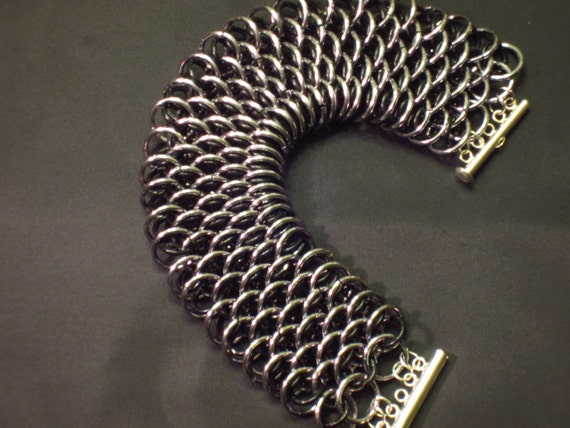 how to make a dragon scale bracelet