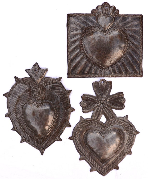 "Metal Hearts (set of 3), Recycled Metal Art made in Haiti, Wall Art, 6"" Spirituality & Religion"