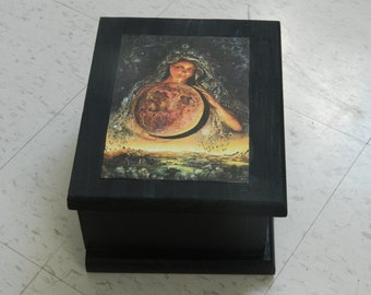 Mother Earth Tarot Box, jewelry box, witchcraft, wicca, wiccan, pagan,