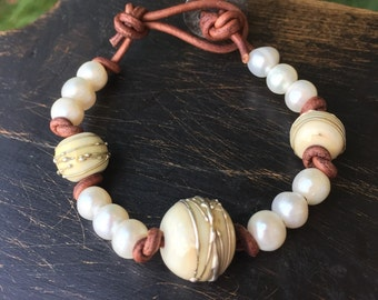 One of a kind lampwork bead & pearl bracelet