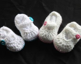 Mary Janes Crocheted Baby Shoes
