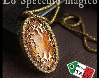 Long necklace of gilthead with great fantasy style pendant amber elven jewel