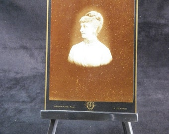Vintage photo of a beautiful French aristocrat | Period 1900 | Photography former Cabinet Card Format