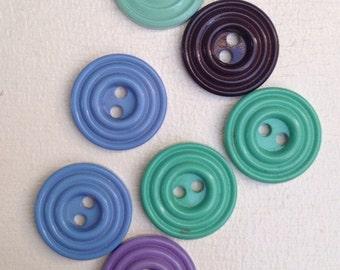 7x Vintage Assorted Colour Buttons