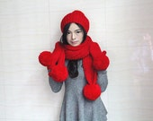 Knitted hat, knitted gloves, red hat, warm ski hat, gloves scarf hat three-piece combination, perfect