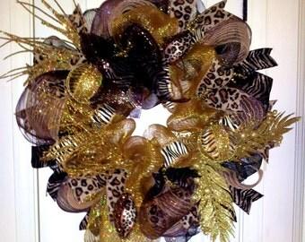 Animal Theme Christmas Wreath, Safari Christmas wreath, Mesh Christmas wreath
