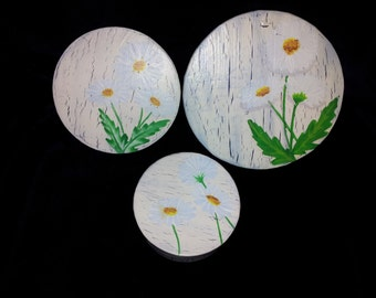 Hand painted nesting box trio with daisy motif