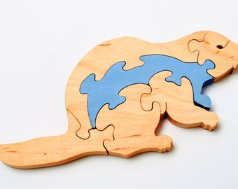 wooden beaver puzzle for children