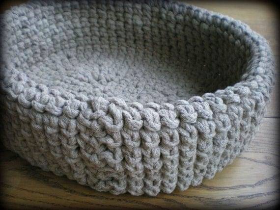 Crochet Pattern For Cat Bed : Cat bed/ crochet cat bed/ pet bed/ linen cat bed/ flux pet