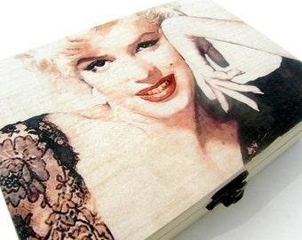 Marilyn Monroe, Marilyn Monroe box, Personalized wooden box, wood keepsake box, cinema box, movie box, original wooden box, actress box gift