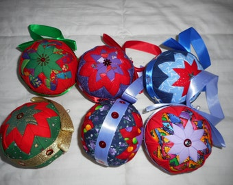 Quilted Christmas Balls Tree Decoration - 6 - Multi Coloured Ornaments
