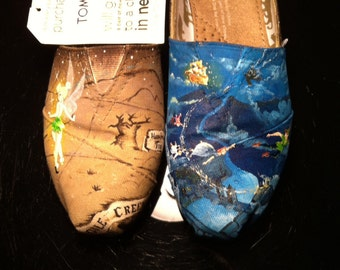 Peter Pan Inspred Painted TOMS