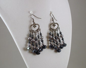 Chandelier pearls and crystals earrings