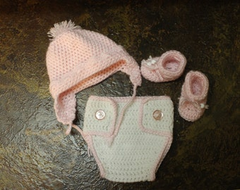 Pink and White Newborn diaper cover set with booties and beanie