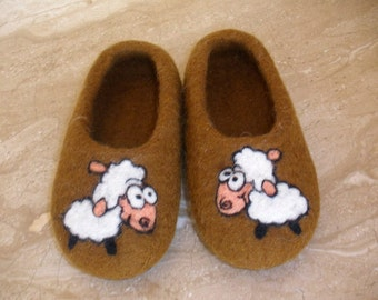 ECO Wool Felt Slippers with Friendly Sheep - handmade felt organic wool house shoes