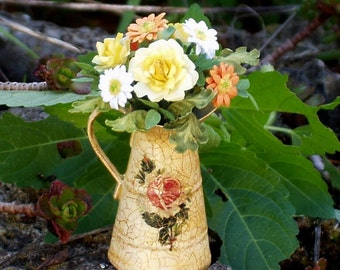 Jug decorated with decoupage, flowers or roses composition, scale 1/12