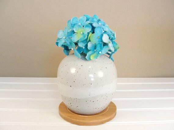 Bathroom Decor Vase : Small round vase bud flower ceramic