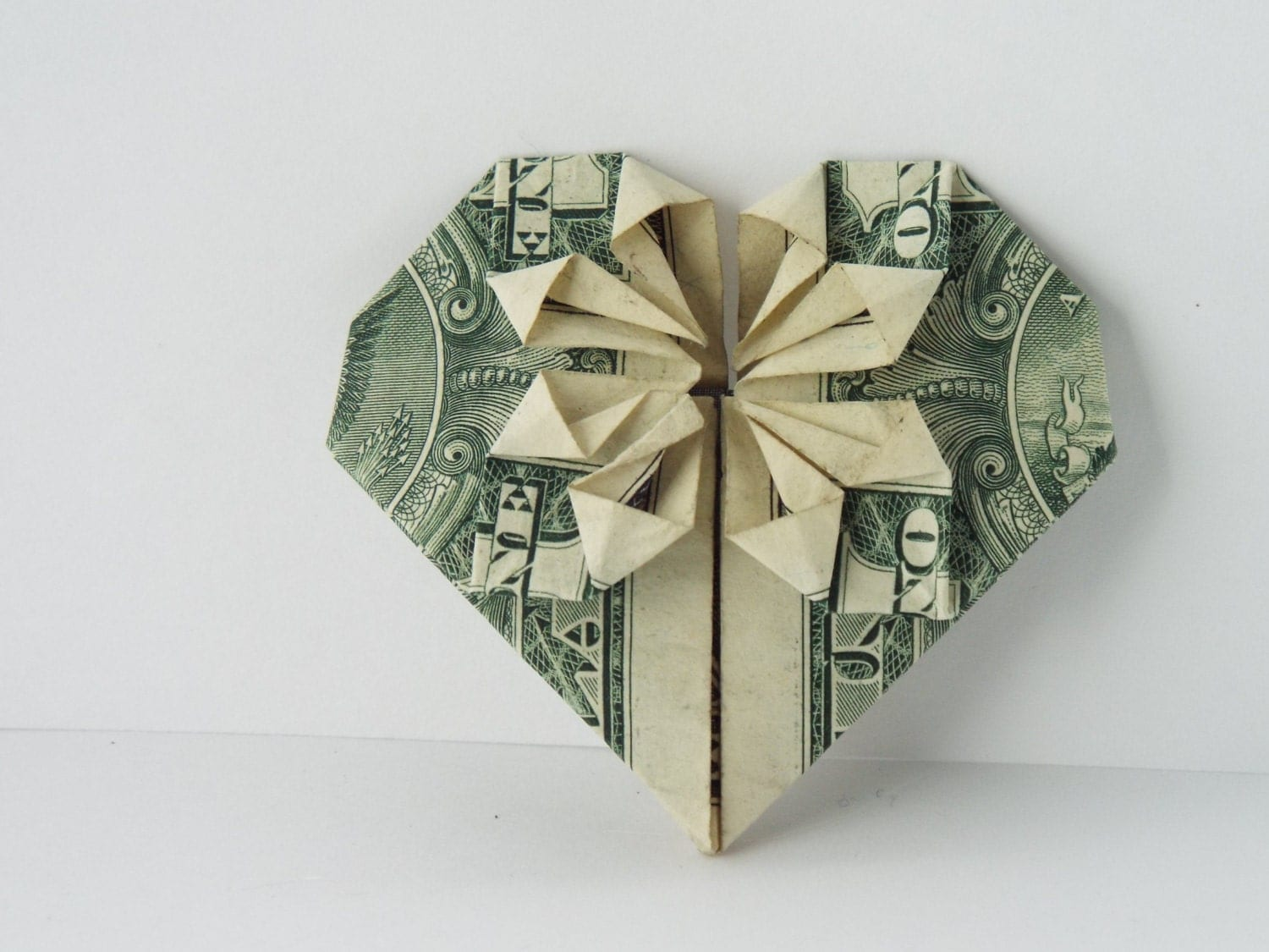 Dollar Bill Origami Heart with Star in the Middle - photo#37