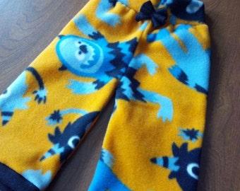 Custom Fleece Longies, fleece shorties, fleece pants, diaper cover, fitted diaper cover, overnight diaper cover.