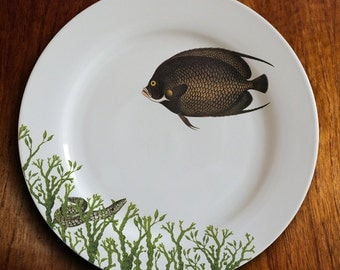 "fishy fish Dinner Plate - ""charmeur de serpent"""