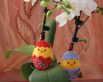 Felt Keychain patterned Chick