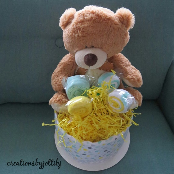 Baby Gifts For Gender Neutral : Gender neutral baby shower gift basket