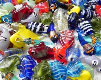 50 pcs. New handmade lampwork  glass charms /fishes/bird/elephant in multy mix color combination  Approx 8 mm -  40 mm