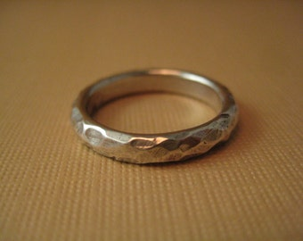 Chiseled stone texture  Wedding band  size 6.75  Solid sterling silver  hammered pattern ring